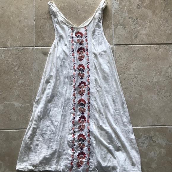 Roxy Dresses & Skirts - Roxy white sundress/coverup with patterned center